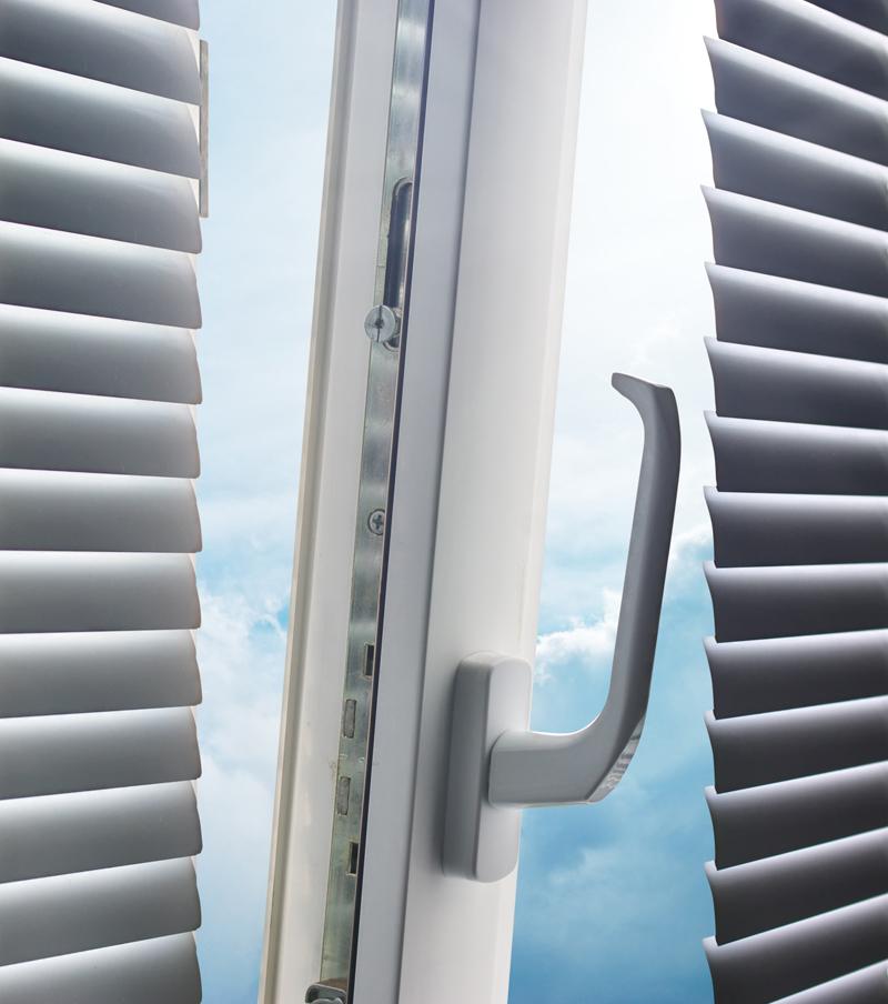 Janelas PVC de vidro duplo em Benfica